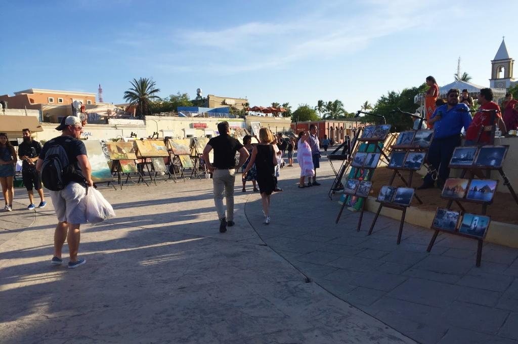 Cabo San Jose Art district